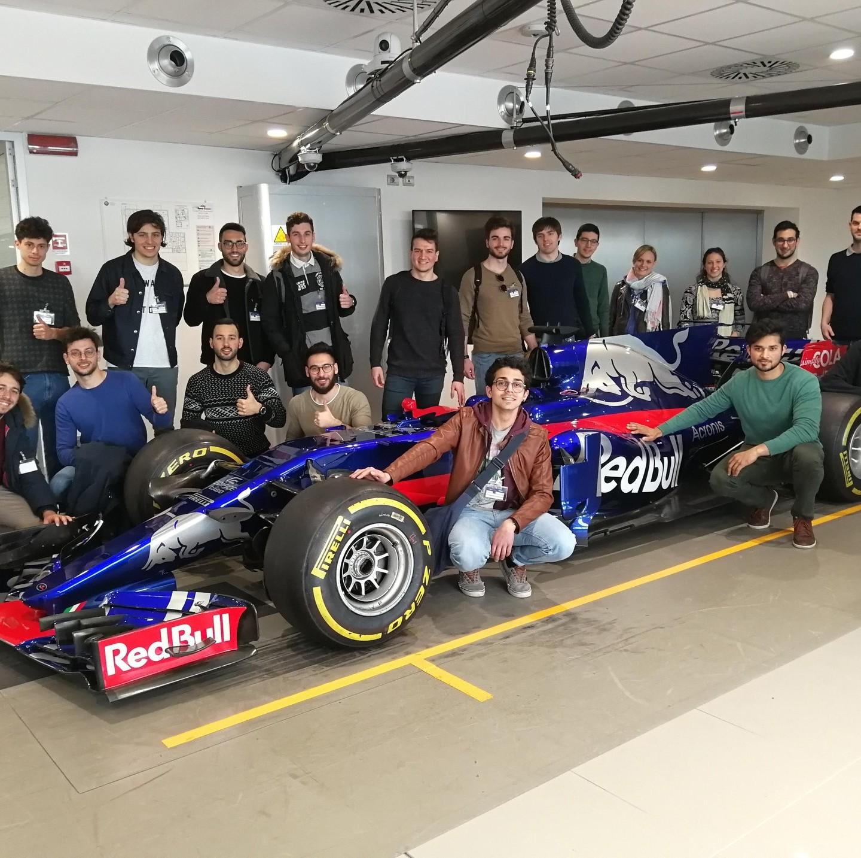 Studenti Muner – Factory tour 1