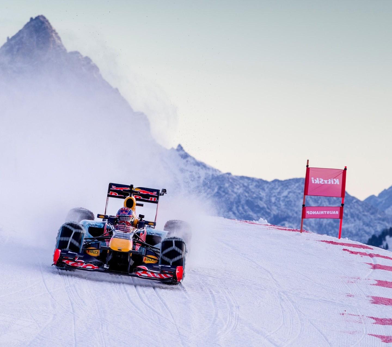 RBR Show Run in Austria: Max & RB7 9