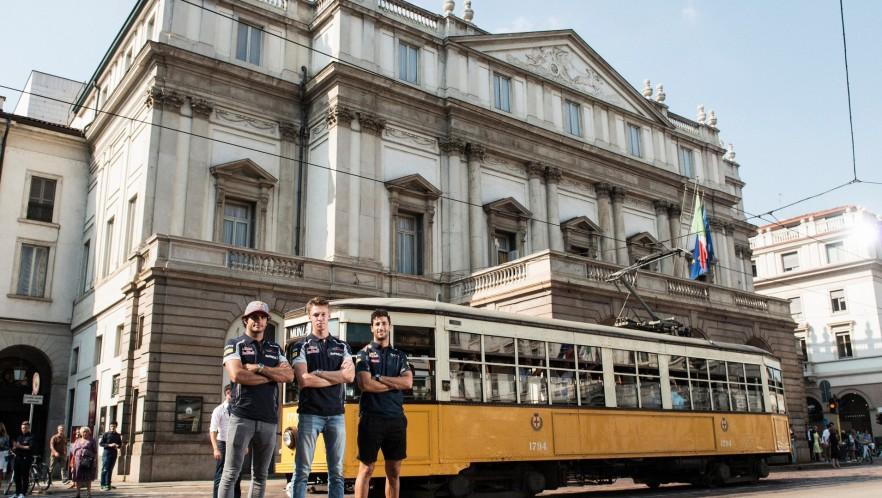 A TRAM RIDE IN MILAN 9