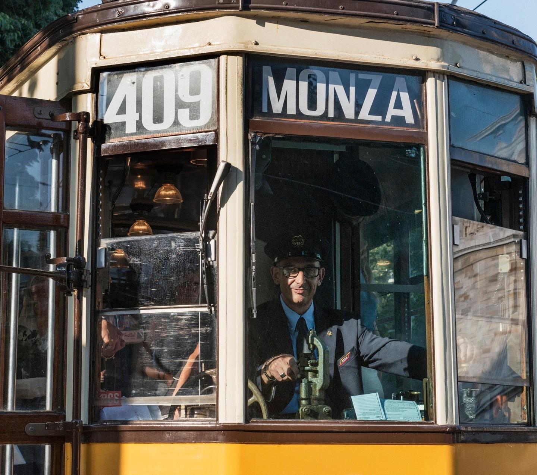 IN GIRO SUL TRAM, A MILANO – GALLERY 7